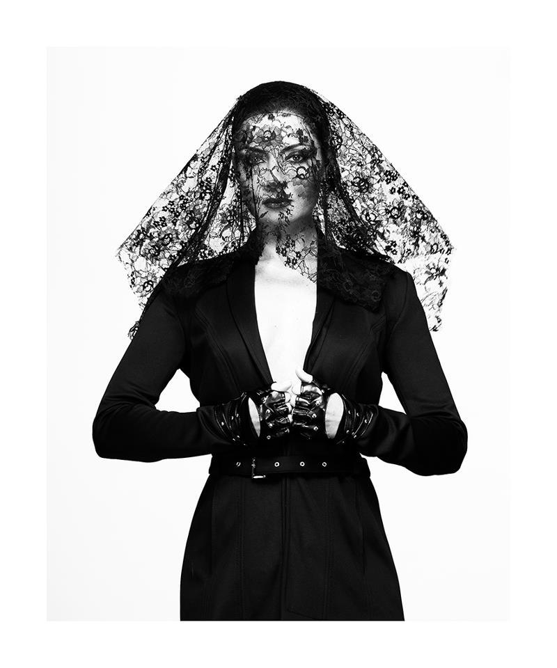 Kissmark | Gregor Bernadett
